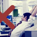 6 ejercicios para estirar en la oficina