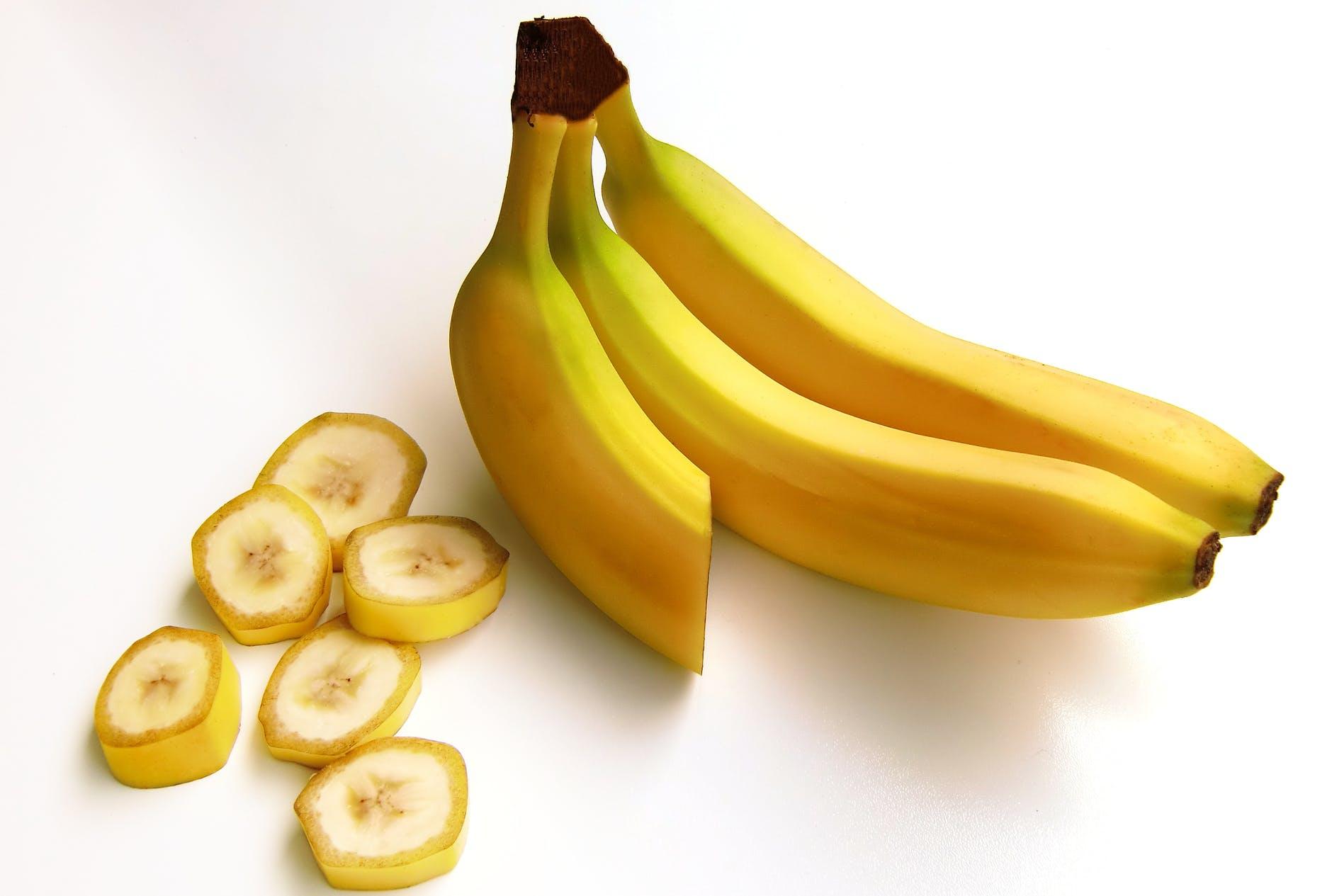Los plátanos son la fruta por excelencia como snack de pre ejercicio
