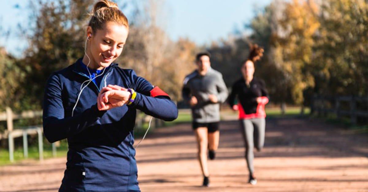 ¿Ya tienes una pulsera o reloj fitness? Úsalos para llegar a tus objetivos